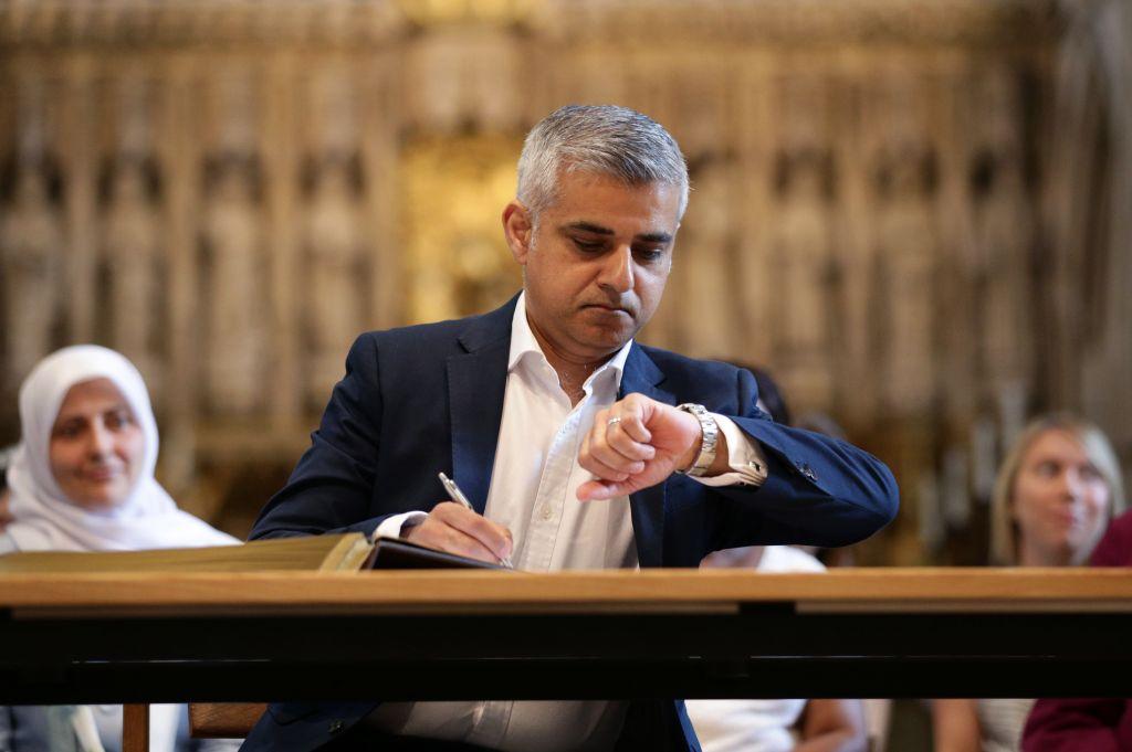 Britain-New-Mayor_Horo